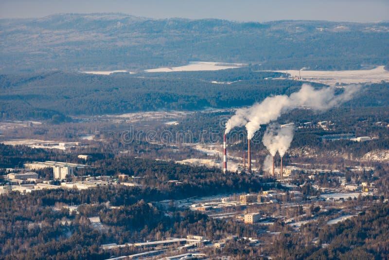 Электрическая станция тепловой мощности в Урал стоковая фотография