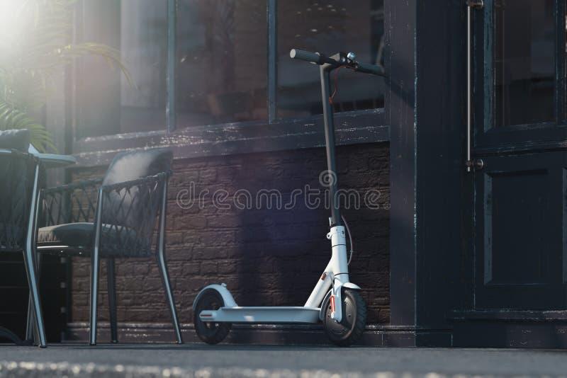 Электрический скутер на предпосылке городского пейзажа переход eco принципиальной схемы самолета перевод 3d иллюстрация штока