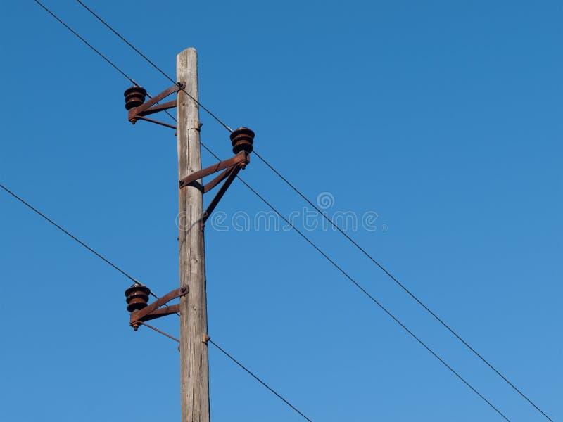 электрический старый полюс деревянный стоковая фотография rf