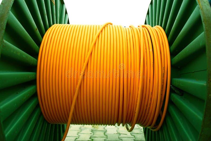 электричество кабеля наматывает желтый цвет стоковые изображения rf