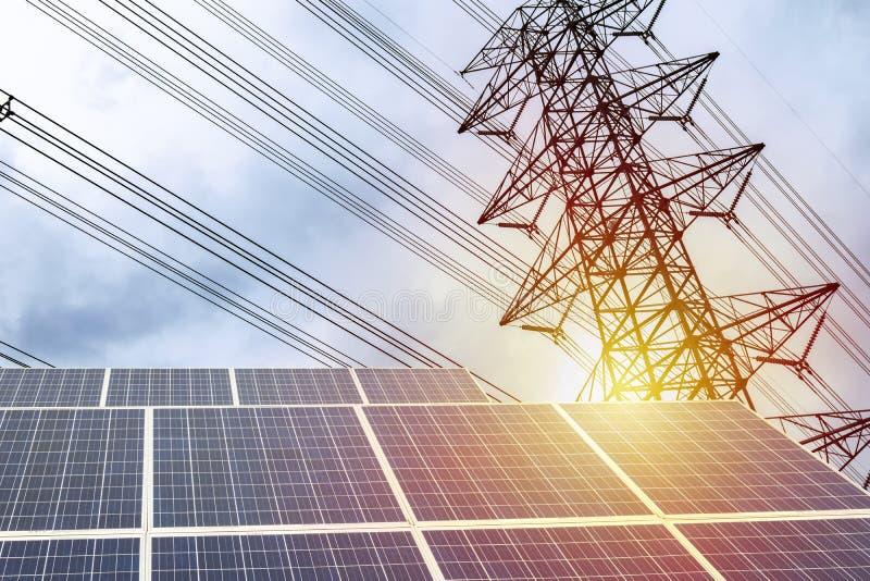 Электричество панель солнечных батарей, высокомощный электрический поляк стоковые фотографии rf
