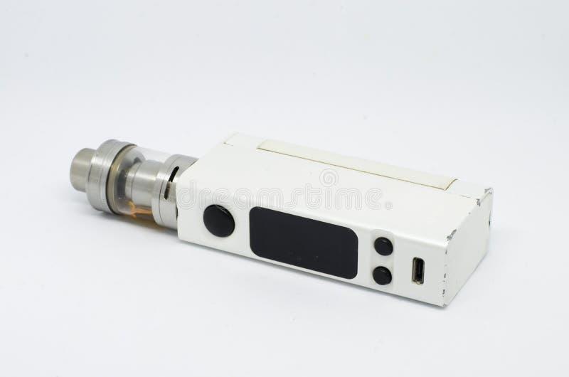 Электронные сигареты изолированные на белой предпосылке стоковая фотография rf