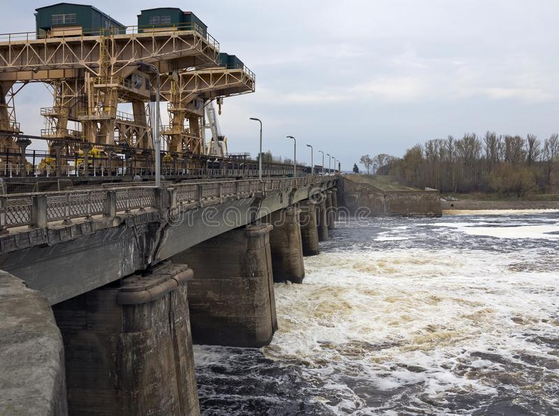 Электростанция Дубны Ivankovo гидроэлектрическая стоковые изображения