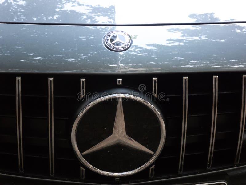 Эмблема корабля Benz Мерседес стоковая фотография rf