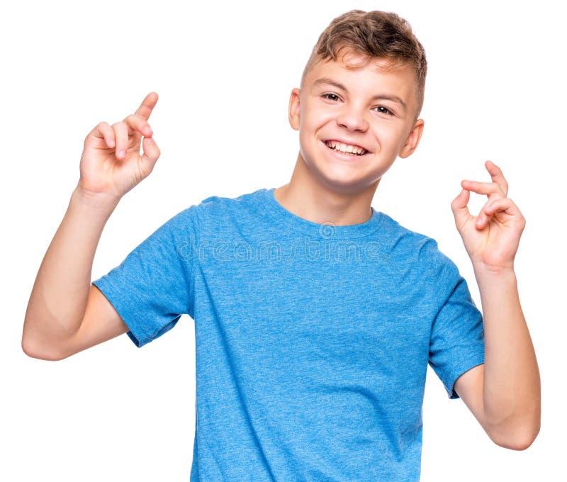 Эмоциональный портрет предназначенного для подростков мальчика стоковая фотография rf