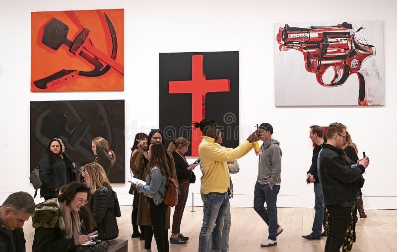 Энди Уорхол--От a к b и назад снова на музее Whitney стоковое фото