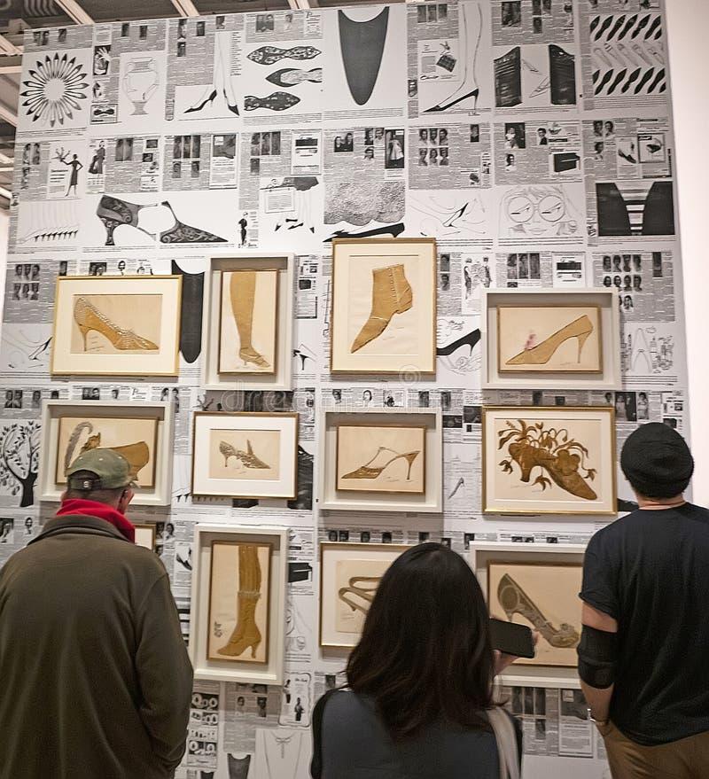 Энди Уорхол--От a к b и назад снова на музее Whitney стоковые изображения