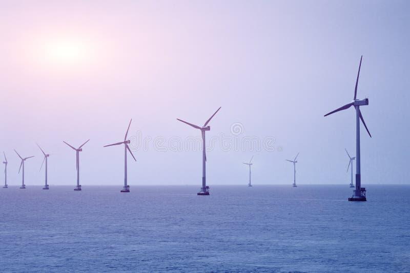 Энергия ветера с суши стоковые фотографии rf