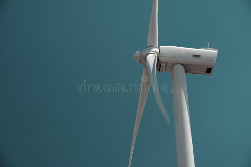 Download Энергия ветра стоковое изображение. изображение насчитывающей стан - 37928893