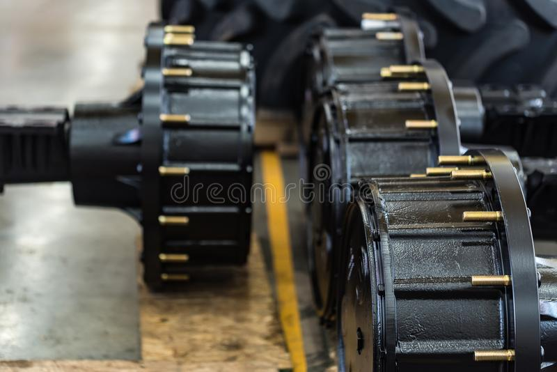 Эпицентры деятельности колеса нового тяжелого конца трактора стоковое фото