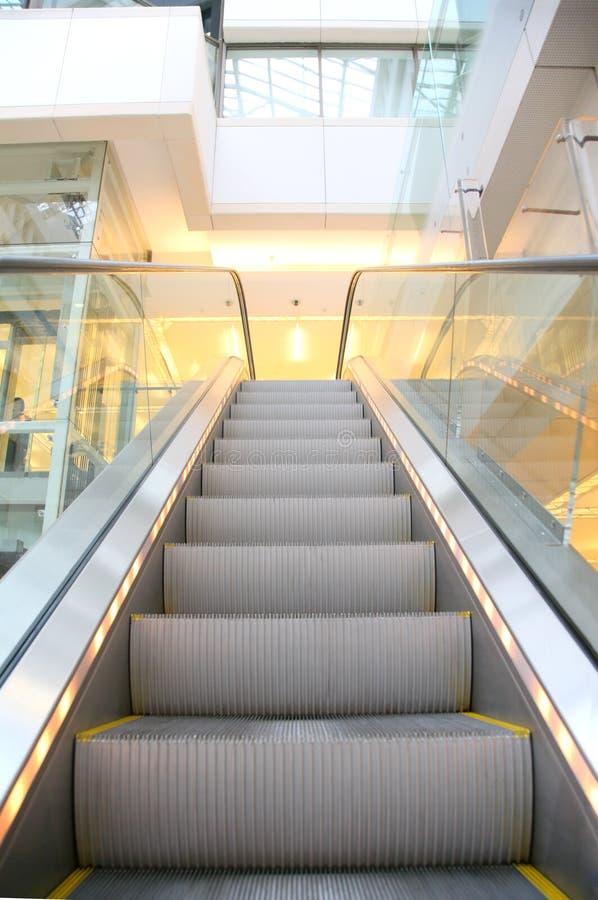 эскалатор стоковые фотографии rf