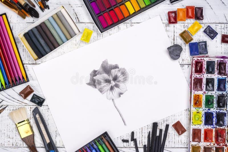 Эскиз карандаша яблока стоковые изображения
