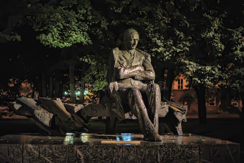 Эстония, Таллин, 10,10,2014 памятник к классике Esto стоковая фотография rf