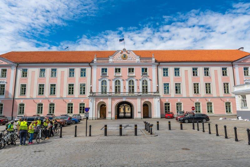 Эстонское здание парламента, бывший замок Toompea стоковые фотографии rf