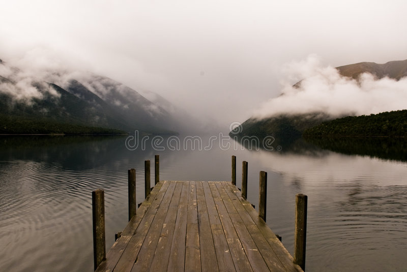 этап посадки озера fogy стоковые фотографии rf