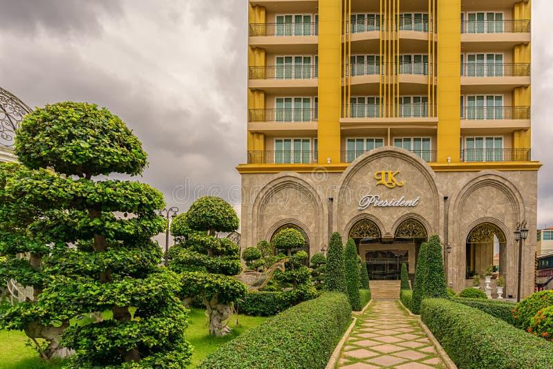 Эти большая, новое и дорогой отель в 3-ей дороге стоковое изображение rf