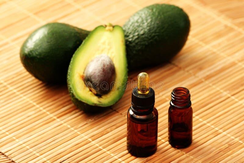 Эфирное масло авокадоа стоковые изображения rf