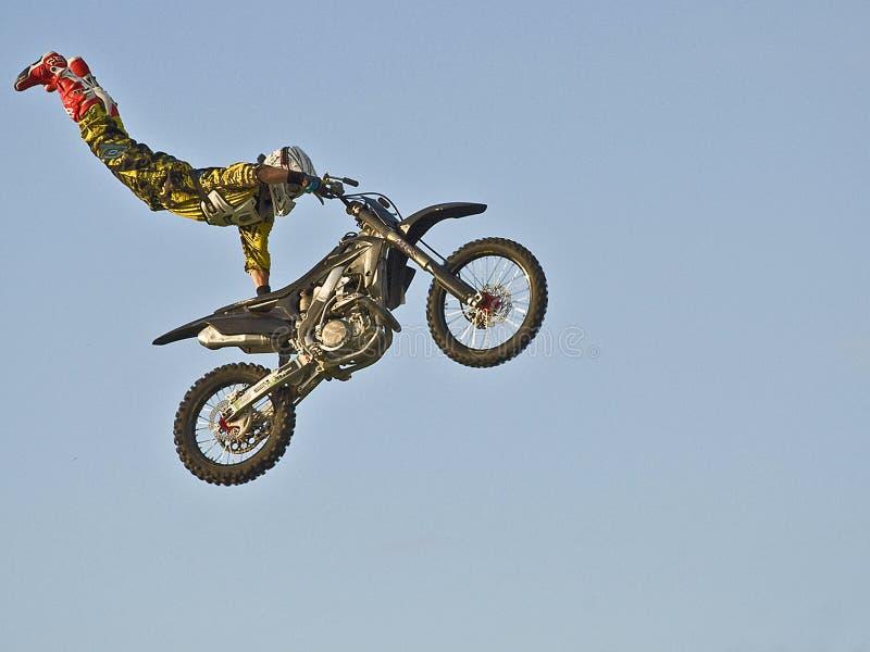 эффектные выступления мотоцикла стоковое изображение rf