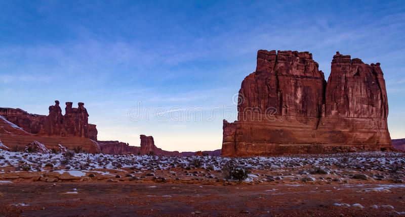 Эффектный панорамный взгляд ` ` органа в национальном парке сводов в Moab, Юте стоковое фото rf