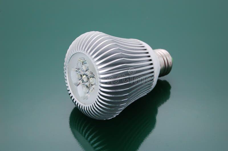 Электрическая лампочка водить стоковое фото