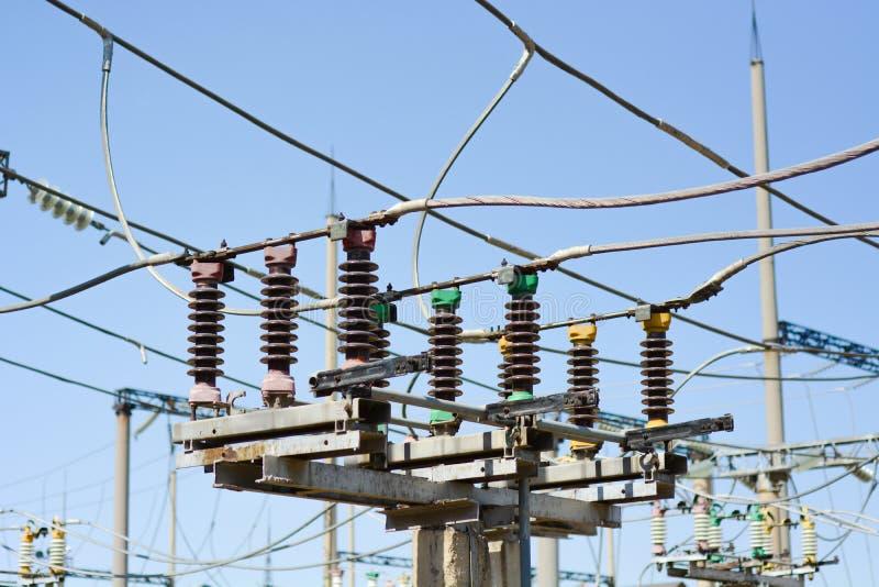 Электрическая высоковольтная подстанция стоковая фотография
