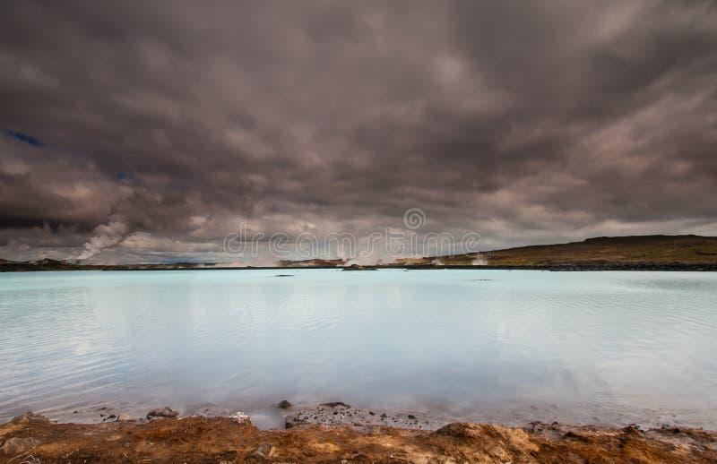 Электрическая станция геотермальной энергии, Исландия. стоковые фотографии rf