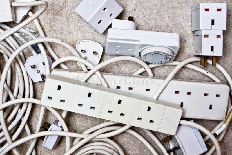 Электрические штепсельные вилки стоковое изображение rf