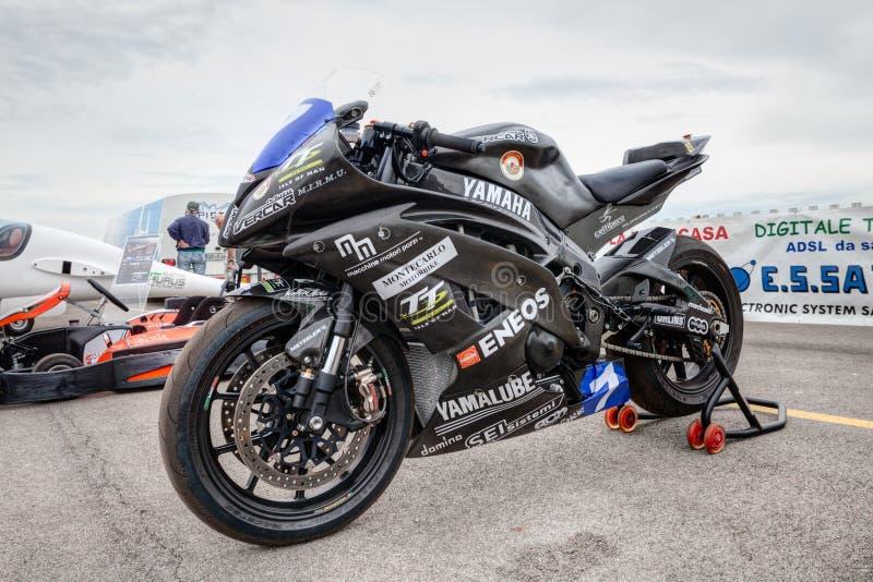 Электрический мотоцикл гонок стоковая фотография rf