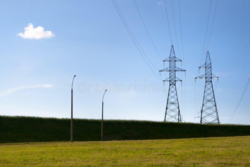Download электричество стоковое изображение. изображение насчитывающей загрязнение - 41659829