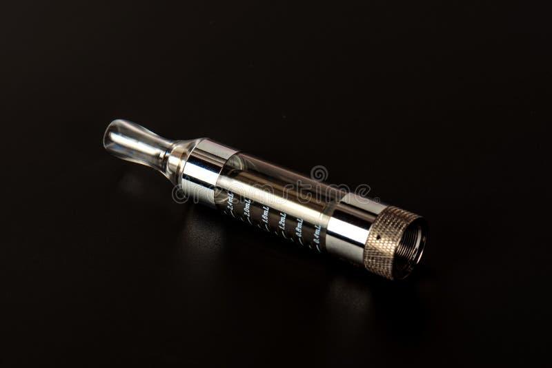 Электронное vape сигареты в сортированном взгляде стоковое фото rf