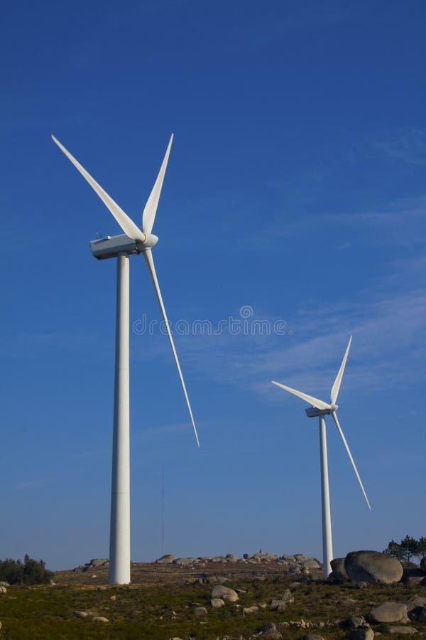 Электростанция турбины энергии ветра стоковое изображение rf