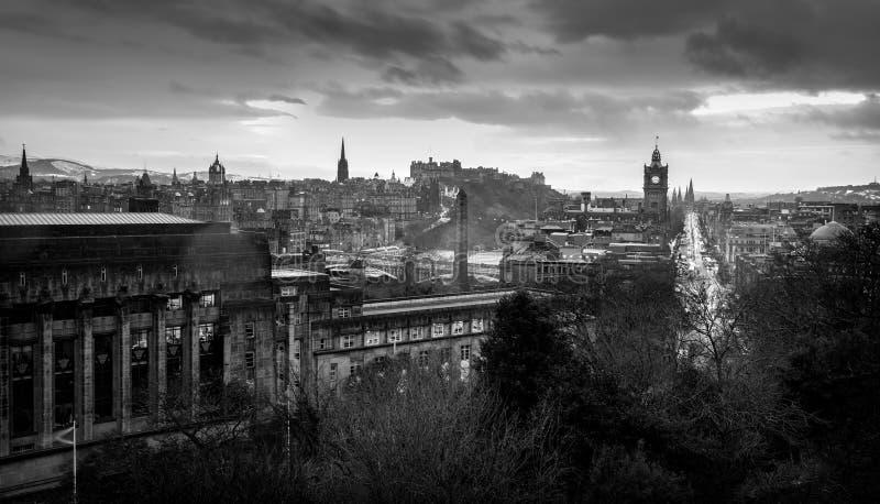 Эдинбург в черной & белом стоковые фотографии rf