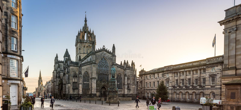 Эдинбург, Шотландия, Великобритания - 16-ое ноября 2016: Собор St Giles стоковые изображения