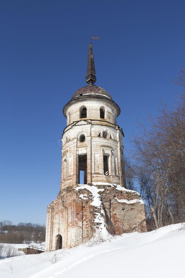 Югозападный монастырь Sumorin спасителя башни Totma, зона Vologda, Россия стоковые изображения rf
