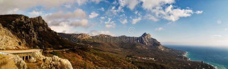 Южный берег взгляда Крыма стоковое фото rf
