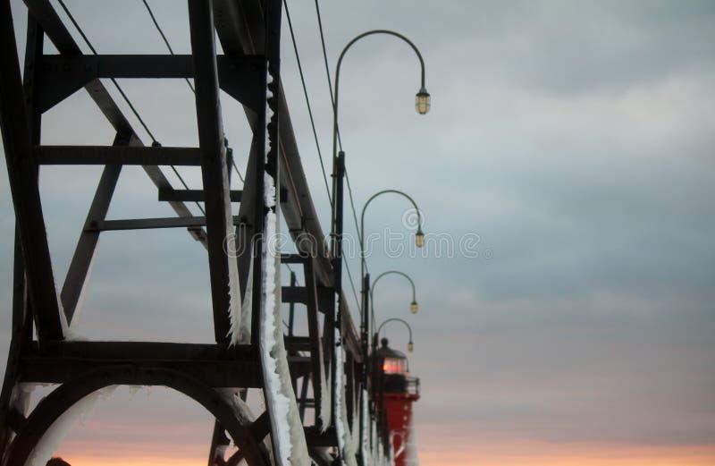 Южный маяк зимы Мичигана гавани стоковая фотография rf