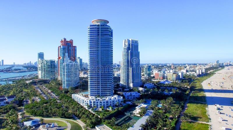 Южный парк Pointe в Miami Beach, виде с воздуха стоковые фотографии rf