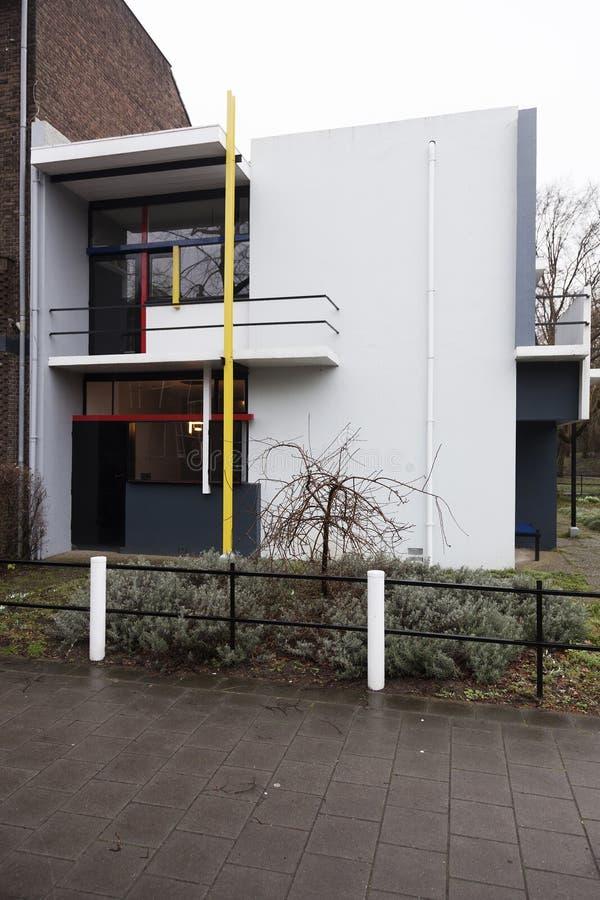 Южный фасад дома Rietveld Schroder в голландском городке Utr стоковая фотография rf