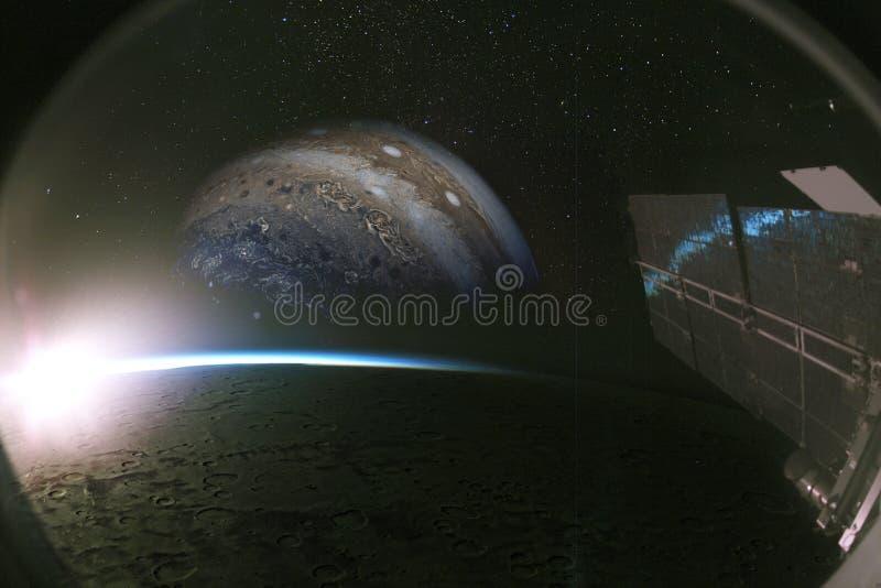 Юпитер и своя луна из окна spaseship, коллажа бесплатная иллюстрация