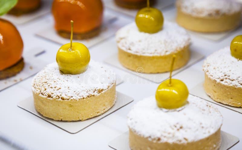 Яблоко крошит творческий дизайн Творческая концепция печенья стоковые фотографии rf