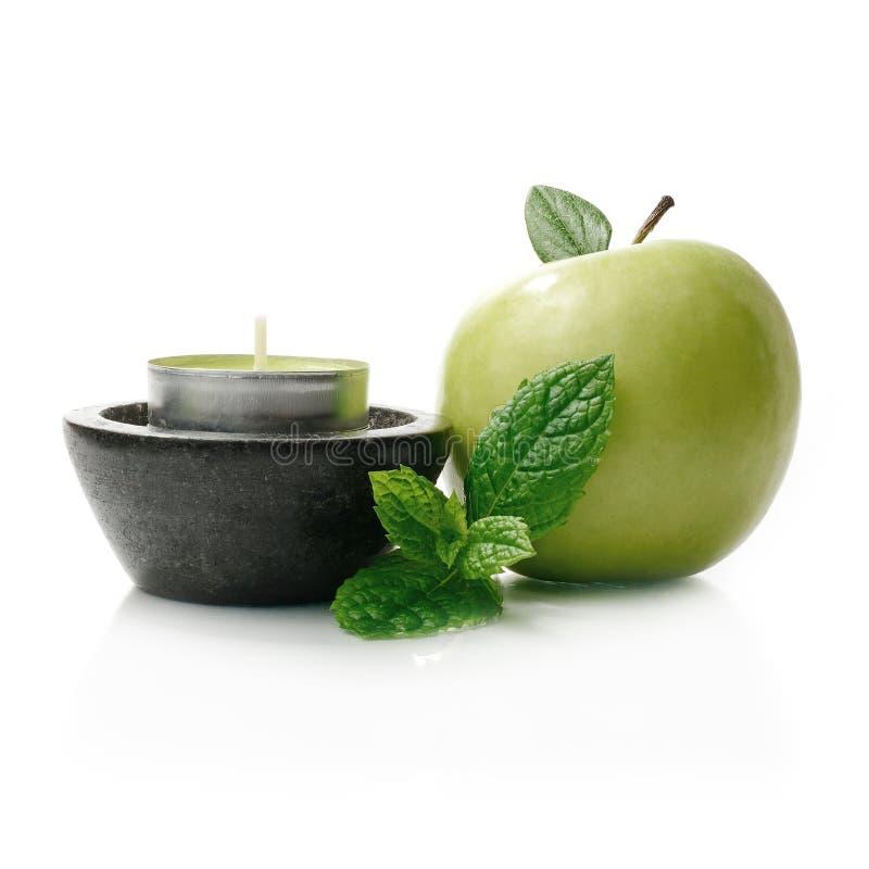 Яблоко & мята стоковые изображения rf