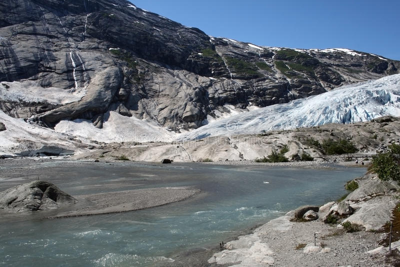 язык ледника плавя стоковая фотография rf