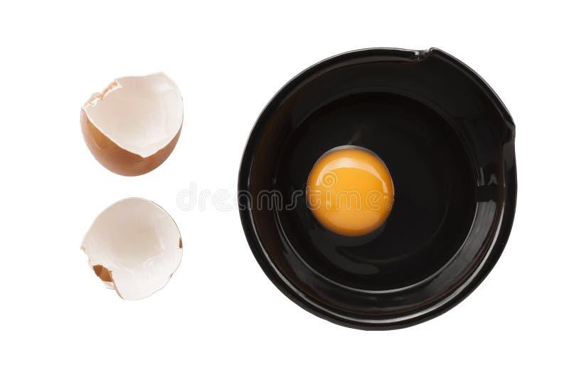 Яичка варя для завтрака, желтка формы протеина и белковины на белой предпосылке, или на простом деревянном столе стоковое фото rf