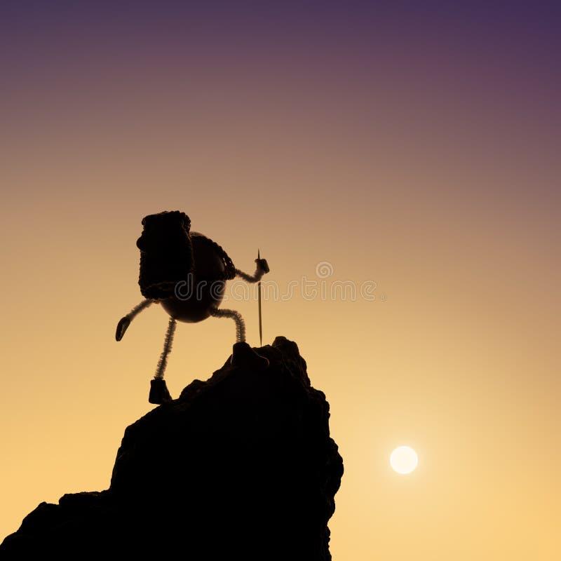 Яичко альпиниста взбирается вверх скалистый холм стоковая фотография rf