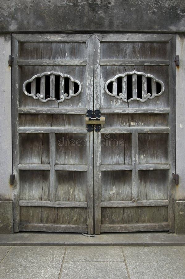 японец двери стоковые фотографии rf