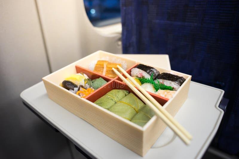 Японская коробка для завтрака бенто стоковое изображение