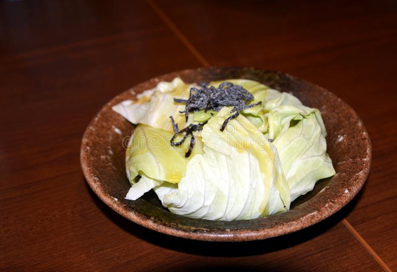 Японская кухня, очень вкусная свежая органическая капуста Натуральные продукты стоковая фотография rf