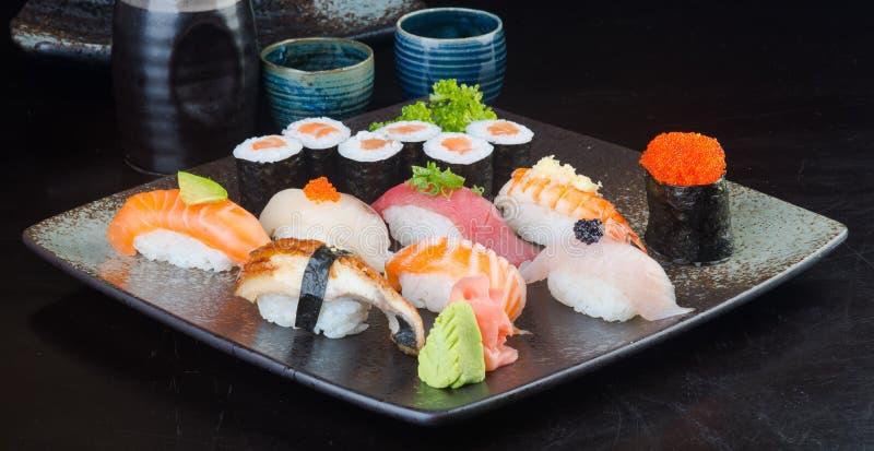 Японская кухня стоковые фотографии rf