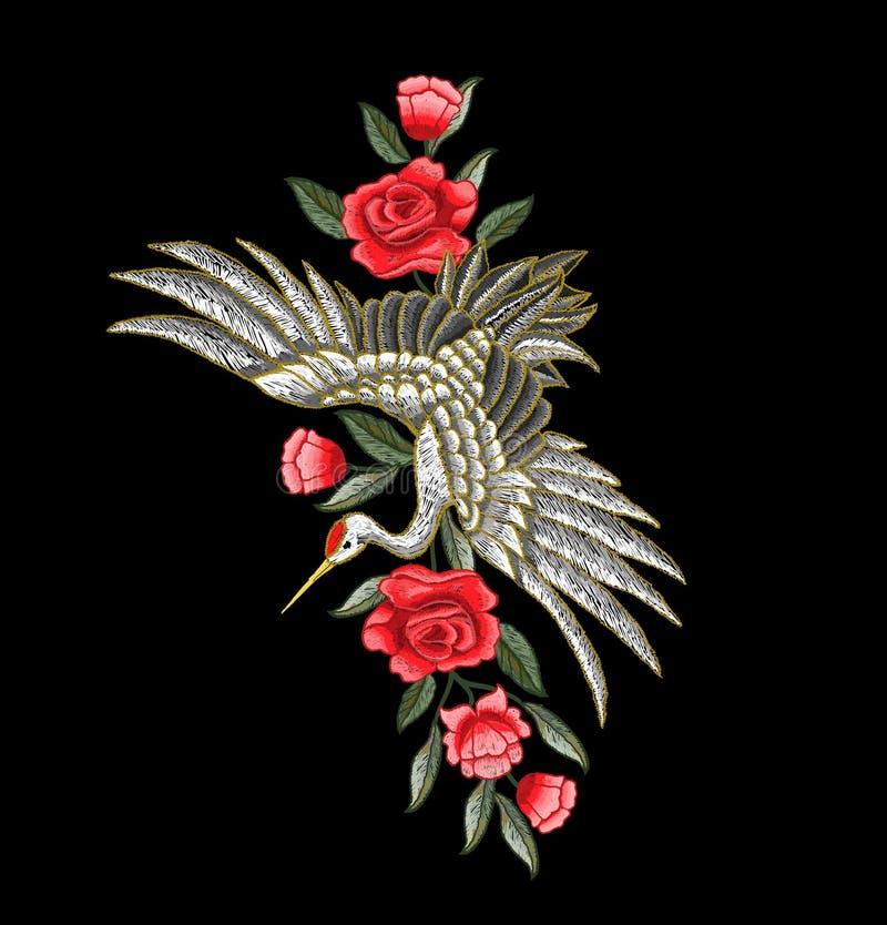 Японские белые кран и цветки Вектор вышивки бесплатная иллюстрация