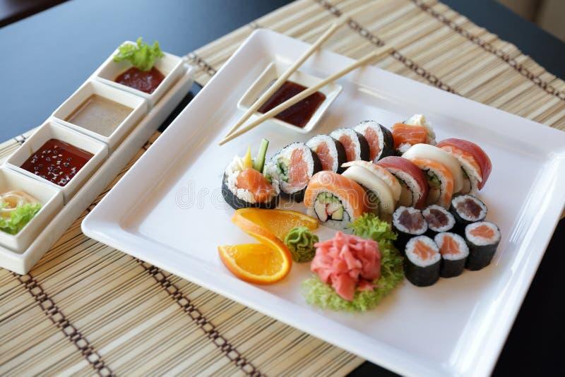 японские суши стоковые фото